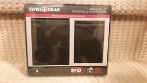 NIP - Swiss Gear RFID Protection Men's Wallet & Pullout ID Case