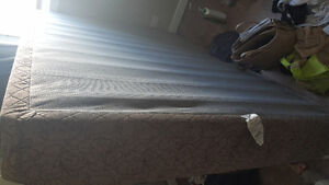 Queen Extra Long Mattress and box spring