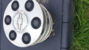 Chevy 6 bolt center caps
