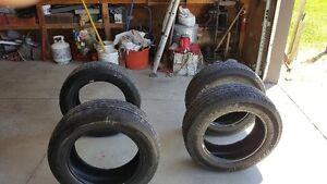 215/65R17 Dunlop Signature Tires For Sale