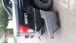 2004 Chevy Avalanche Passenger rear London Ontario image 2