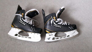 Hockey Skates -  Bauer Supreme One.9 Ice Skate