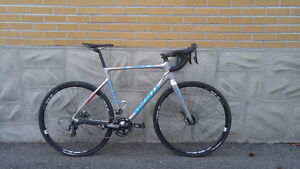Giant TCX ADVANCED PRO 2 CARBON CYCLOCROSS (size ML-56CM)