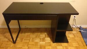 IKEA Micke Computer Table - Lots of Storage