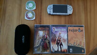 Psp sony kit complet (jeux + console + carte SD 8GB + etui)