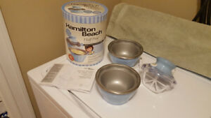 Hamilton Beach Half Pint Soft-Serve Ice Cream Maker - Like New