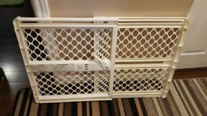 New baby gate