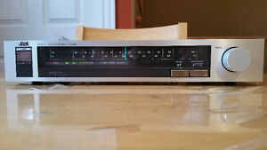 Vintage JVC Analogue Tuner in good working condition.