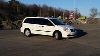 2013 Dodge Grand Caravan Minivan, Van ONLY 25,500 KM!