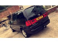 Vw sharan Sl tdi 2003 top spec. Service history 7 seats cheap car bargain