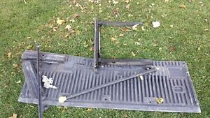 F150 Tail gate step up with grab bar London Ontario image 1