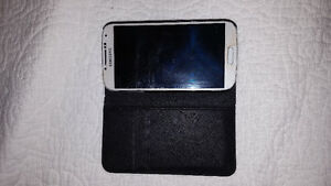 Like New, Samsung Galaxy S4 with case
