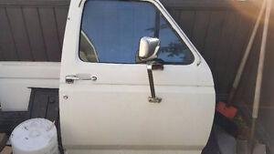 Complete passenger door Ford