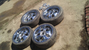 """22"""" Chrome Wheels with low profile tires fit on older dodge"""