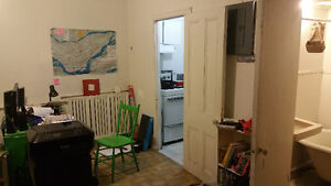 Studio on Aylmer, for Sublease (May-Aug) or Transfer