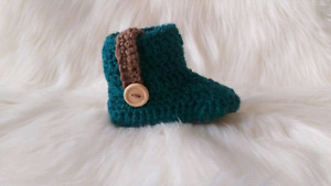 Crochets boots! Leather soles!