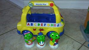 Leap Frog interactive singing bus