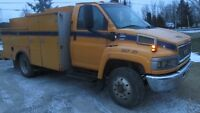 2003 GMC 5500 DURAMAX DIESEL SERVICE VEHICLE