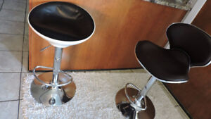 barber beauty salon hydraulics work chair  black leather chrome