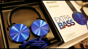 Sony On-Ear Headphones with Mic (MDRXB550AP/L) - Blue