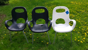 Umbra Modern OH Outdoor Chairs