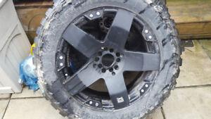 XD775 ROCKSTAR 22 in rims 35 rubbers