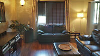Beautiful fully furnished 2 bedroom riverside condo $1900.00