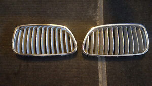 Front Grill off a 2013 BMW 550i - OEM