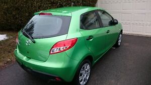 2011  Mazda2 Hatchback  ONLY 7000km!!!!!!!