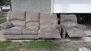 Recliner couch & chair set
