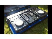 Cdj 400 with djm 400 mixer and flight case