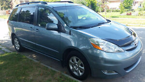 2007 Toyota Sienna LE 119k Mint Condition, (416)-858-7673