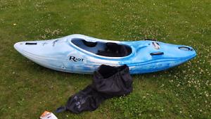 Kayak de rivière THUNDER 65 de Riot NEUF