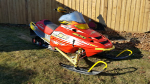 2003 POLARIS SKS 800 PART OUT ! @ INDY PARTS PLUS!