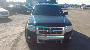 2009 Ford Escape Limited 4 Wheel Drive SUV ****** Fully Loaded