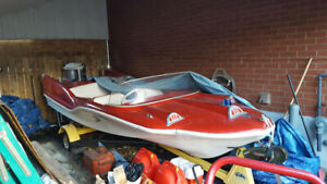 Selling 14.75 ft 1958 Redfish Fibreglass Boat