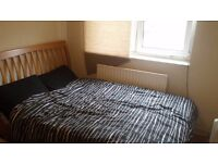 2 Double Rooms. Bermondsey Tube Station. 47, 188, 381, C10, Canary Wharf, London Bridge, tower 10min