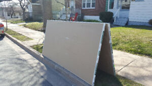 """FREE DRYWALL 1/2""""  4 SHEETS + SOME CUT PIECES PICK UP 0NLY"""
