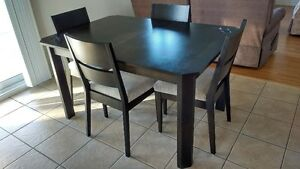 Table a diner