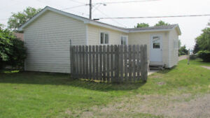 Avail. Feb. 1, Shediac 2 bed. cottage heated, lighted, furnished