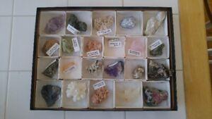 Collection de 22 minéraux + guide d'identification des minéraux