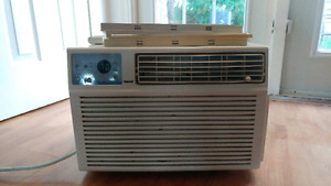 ForestAir 6300BTU Air Conditioner with Remote