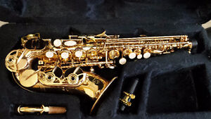 Bb Curved Soprano saxophone. Beautiful New condition