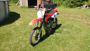 CRF 150F DIRT BIKE 2004
