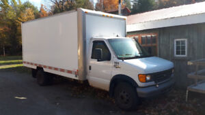 Camion Ford E-450 diesel