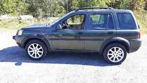 2005 Land Rover Freelander SUV, Crossover