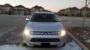 2014 Mitsubishi Outlander - MINT CONDITION SUV