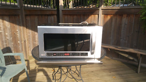 LG Microwave oven - over the range