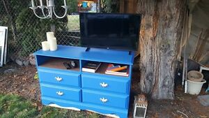 Refurbished TV Console