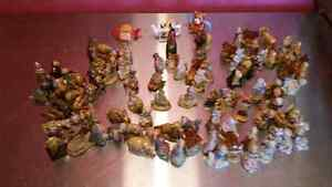 COLLECTION OF 100 RED ROSE TEA FIGURINES